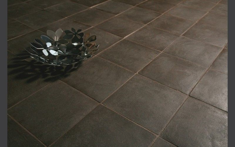patin main marron sienne carrelage terre cuite int rieur pinterest. Black Bedroom Furniture Sets. Home Design Ideas