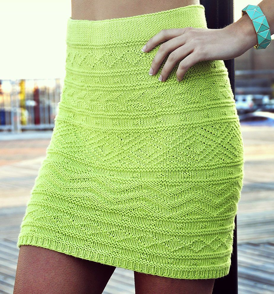 Knitting Pattern for She\'s Electric Skirt - This Aztec Pattern ...