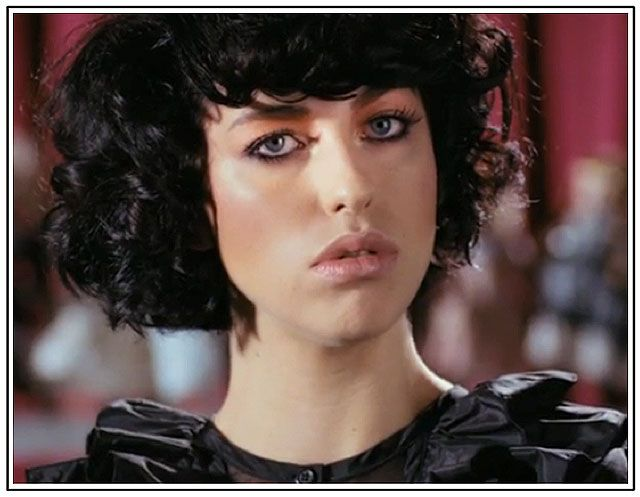 Kimbra In Her Music Video Settle Down Dope Song I Am In Love