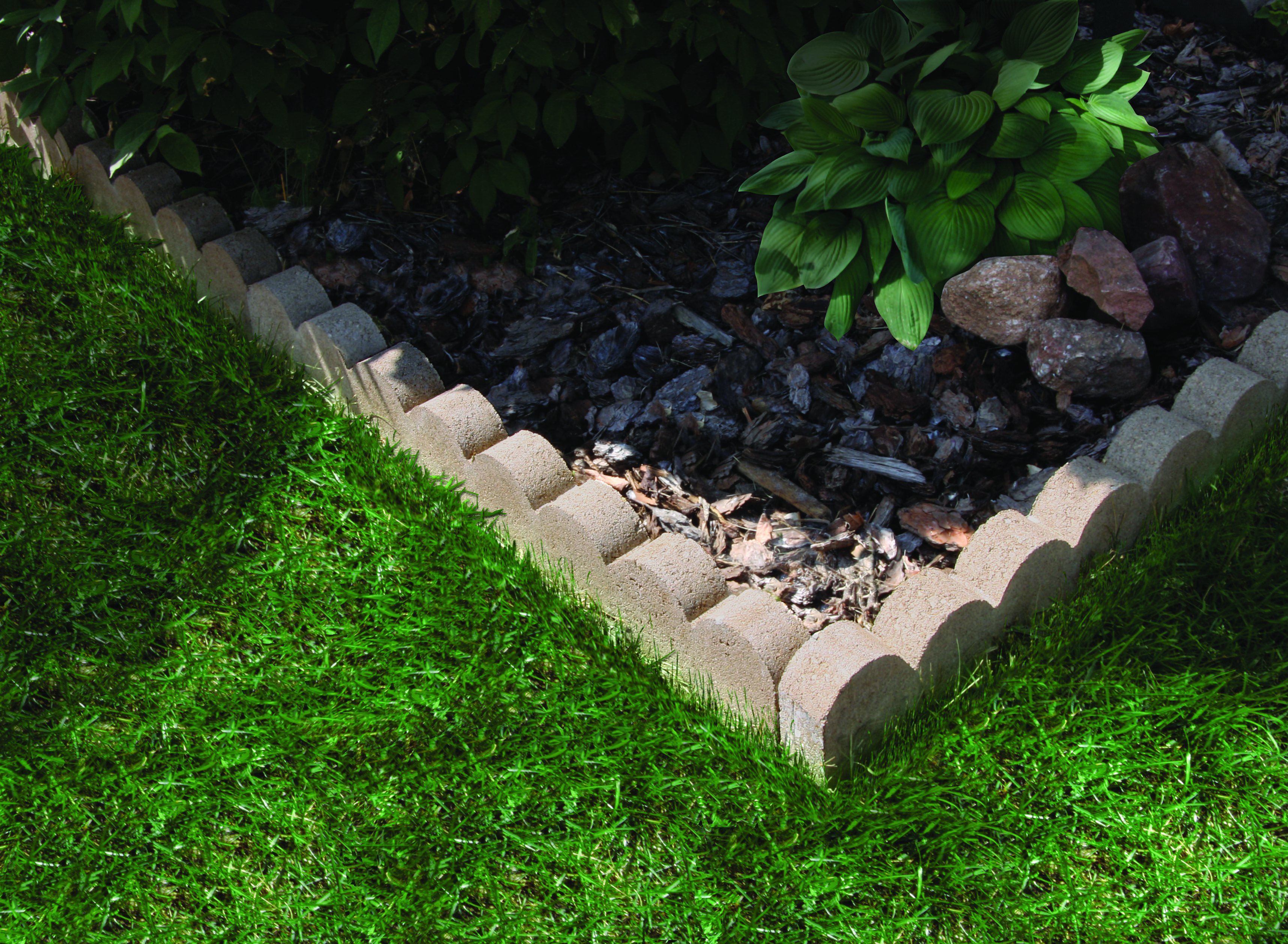 Scallops Add A Bit More Fun And Character To Your Project The Design Draws Attention Making The Eye Take Notice Of The C Designs To Draw Garden Outdoor Decor