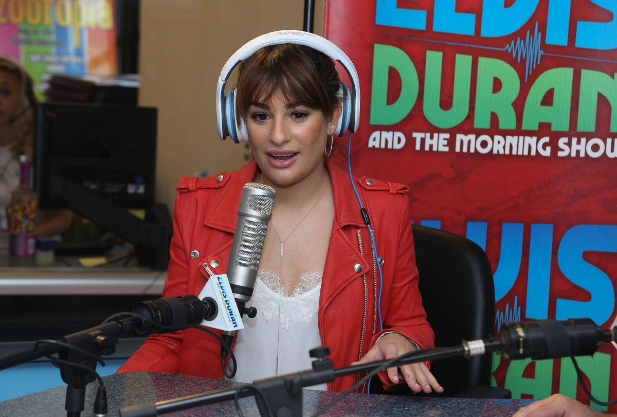 lea-michele-at-the-elvis-duran-z100-morning-show-in-new-york_8.jpg (1200×811)