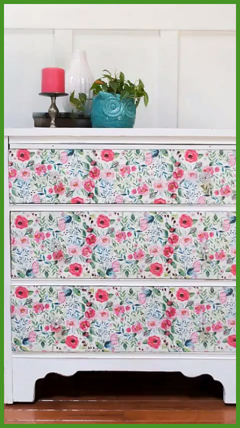 Decoupage Furniture with Paper Napkins Learn how to create beautiful unique furniture with decoupage This DIY technique for a furniture makeover is so easy Click to read this step-by-step tutorial that walks you through decoupaging a dresser semiglossdesign decoupage You are in the right place about furniture makeover white Here we offer you the most beautiful pictures about the furniture  hellip   #decoupage #furniture #furnituremakeovervideos #napkins #paper #papernapkins