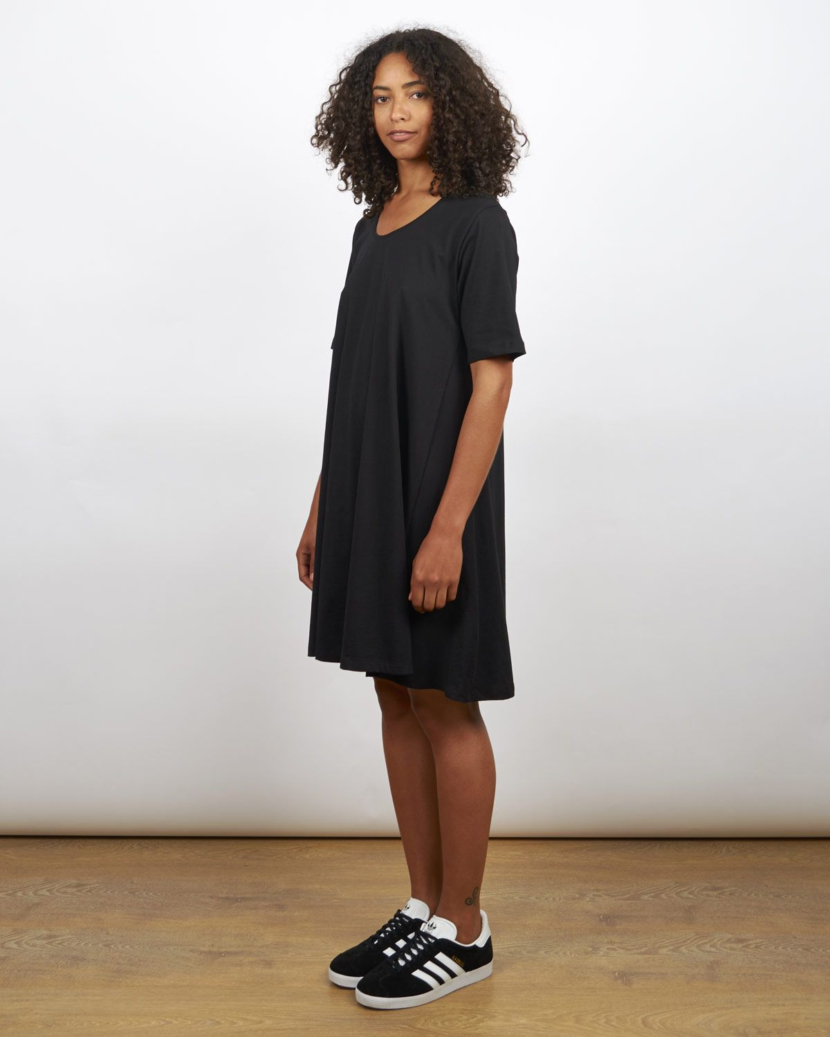 kowtow building block swing dress in black 110 cad for her kowtow building block swing dress in black 110 cad
