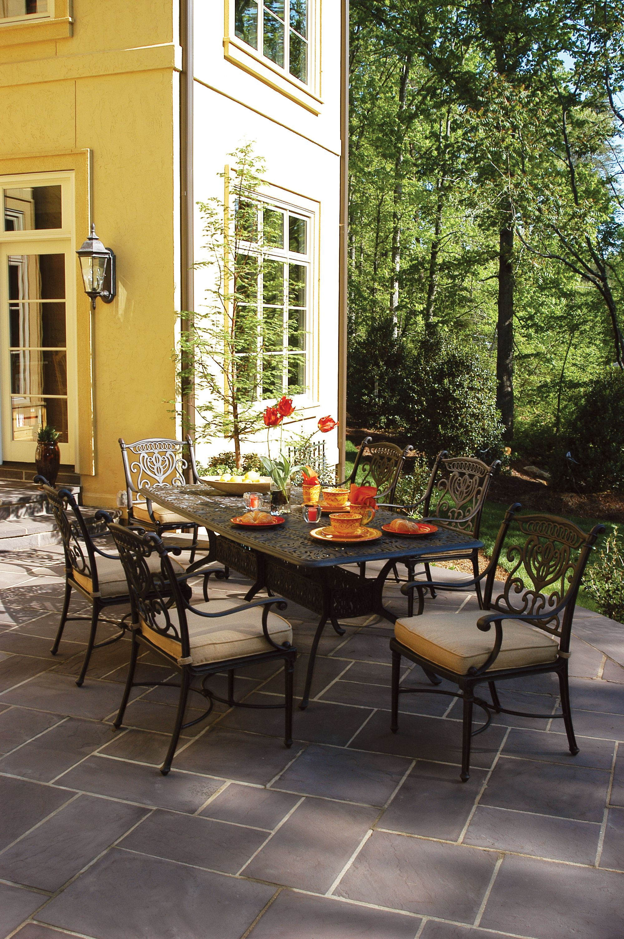 Hanamint Grand Tuscany Collection Rust proof cast aluminum patio