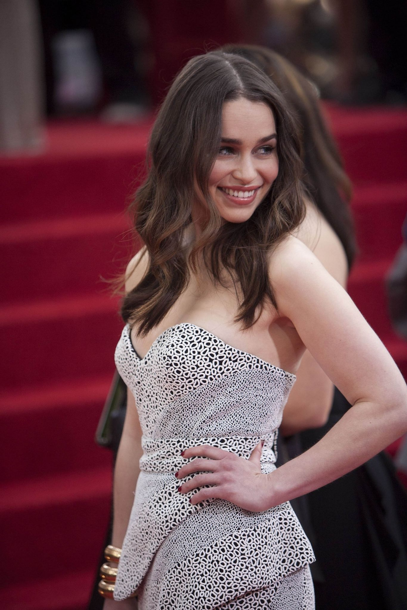 Pin on emilia clarke being absolutely