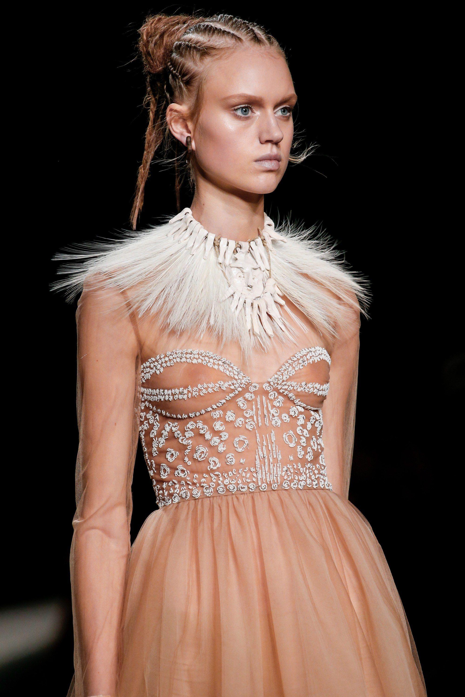 Valentino spring readytowear fashion show details spring