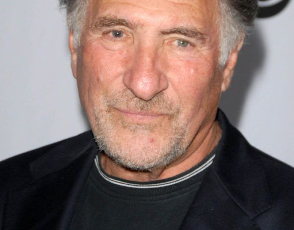 Superior Donuts Judd Hirsch To Star In Recast Cbs Pilot Canceled Renewed Tv Shows Tv Series Finale Superior Donuts Cbs Tv Shows