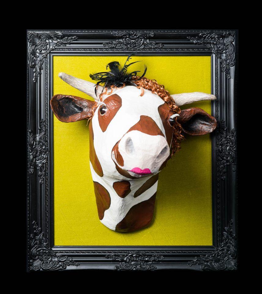 Trop mignonne le #tableu #vache pour #chalet #design
