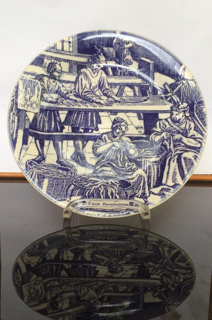 antike blaue Eisensteinplatte Tabakverarbeitung Wandplatte 1900er Jahre Tabakproduktion blaue Unterglasur Wanddekorplatte von fineartsdeco auf Etsy