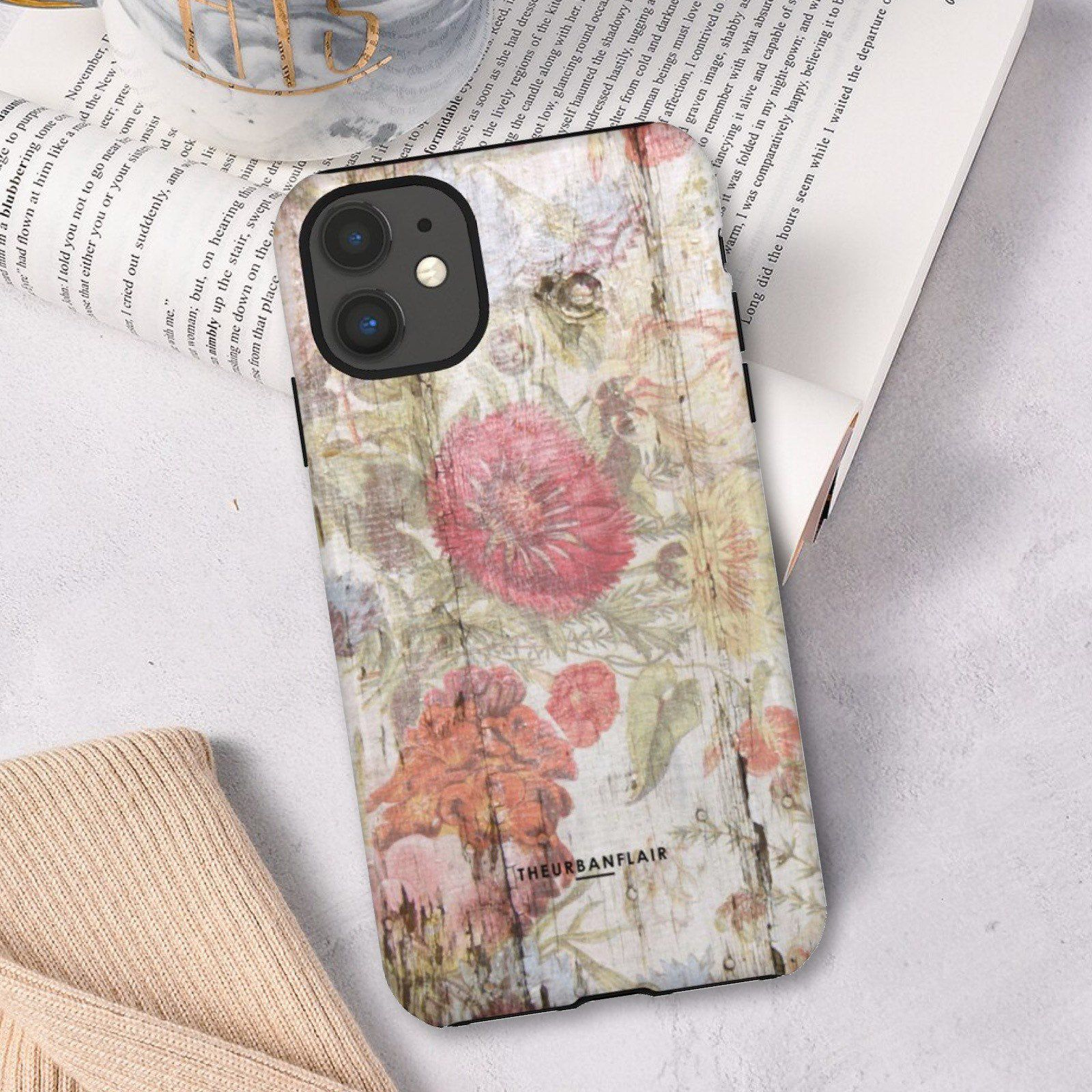 Chic vintage floral wood print phone case for iphone 11