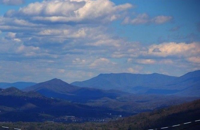 Cabin vacation rental in Sevierville, Tennessee, United States of America from VRBO.com! #vacation #rental #travel #vrbo