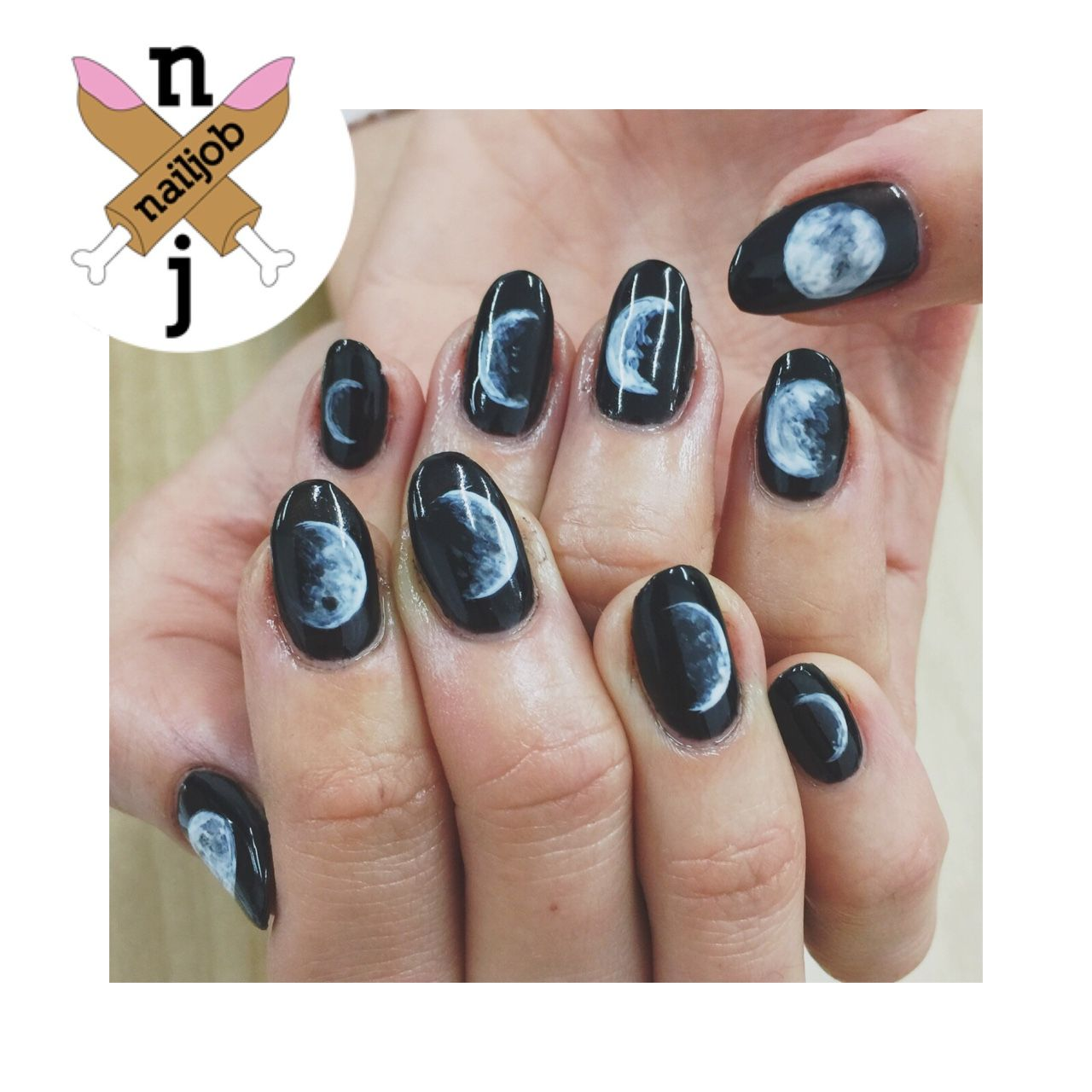 The Moon Phases Handpainted with gels. | Moon nails ...