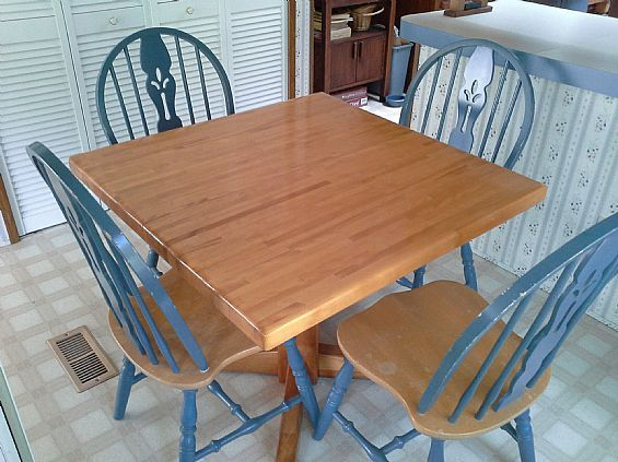 Kitchen Table Chairs Furniture Dining For In Bennington Vt A00012 Want Ad Digest Clified Ads