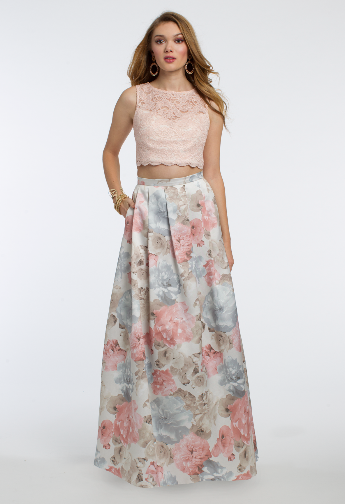 Strut your stuff in this gorgeous aline prom dress the jewel