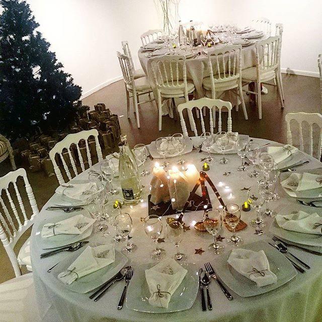 Time for a #Xmas Dinner in #Paris ❤ @showroomprive  C'est le moment d'un #dîner de #Noël à Paris ❤ merci #showroomprivée #lacoquetteitalienne #Paris #chic #maisonenfete