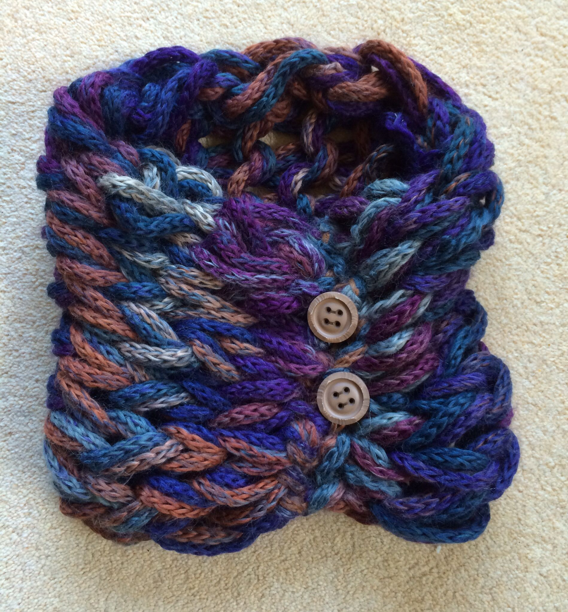 Arm knitted cowl | Crotchet patterns, Yarn