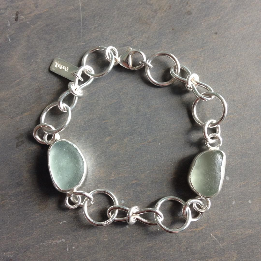 """Commissioned bracelet. Contact made through my Etsy shop with request to add white seaglass to the """"Hourglass"""" bracelet... #handmade #seaglass #jewellery #pedalsilver"""