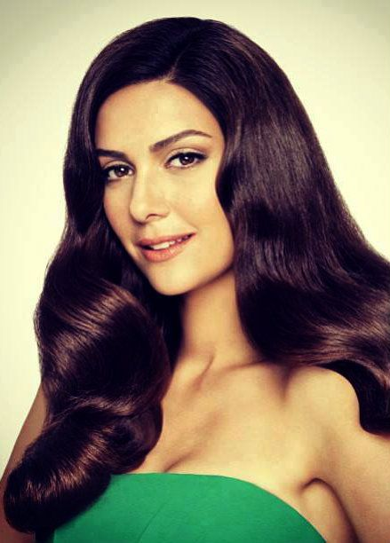 Turkish Actress Berguzar Korel Pantene Commercial 2013 Sac