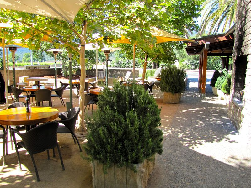 The Patio At Rutherford Grill Is The Perfect Place To Enjoy A Glass Of Wine  And The Grillu0027s Famous Ribs, Prime Rib French Dip Or Burger.
