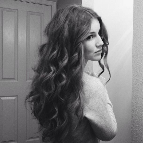 long curly hair | Anna McClurg