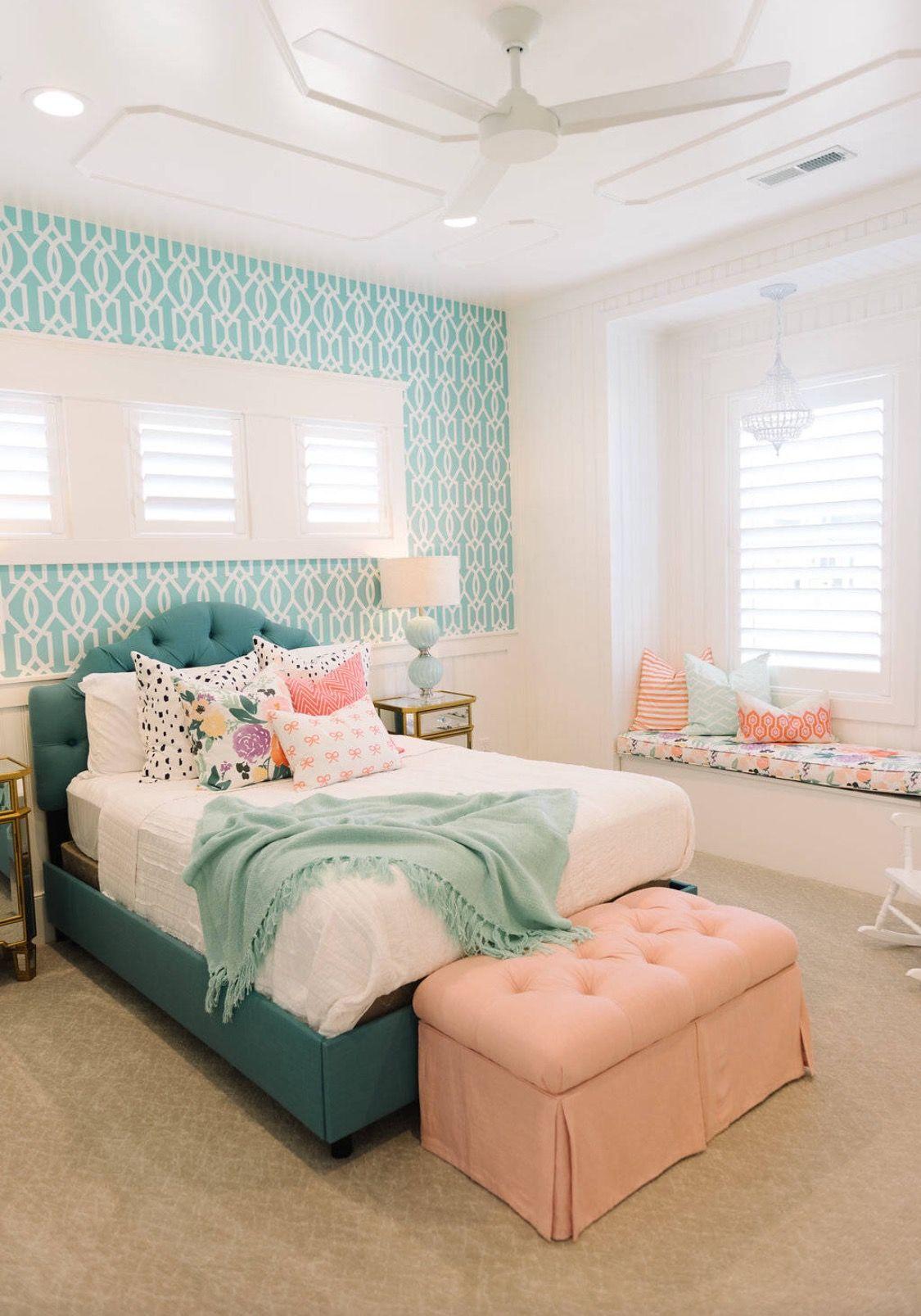 I Love The Sweet Simple Look Of This Bedroom Space Via Houzz Bedr Decoracion De Dormitorios Juveniles