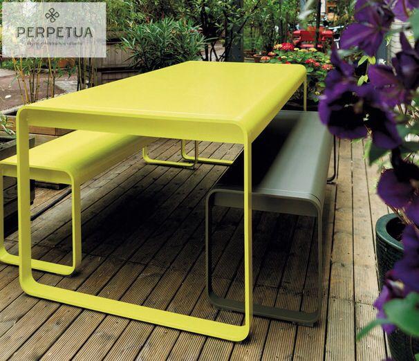 Perpetua muebles perpetua muebles aluminio mesa for Muebles barbed