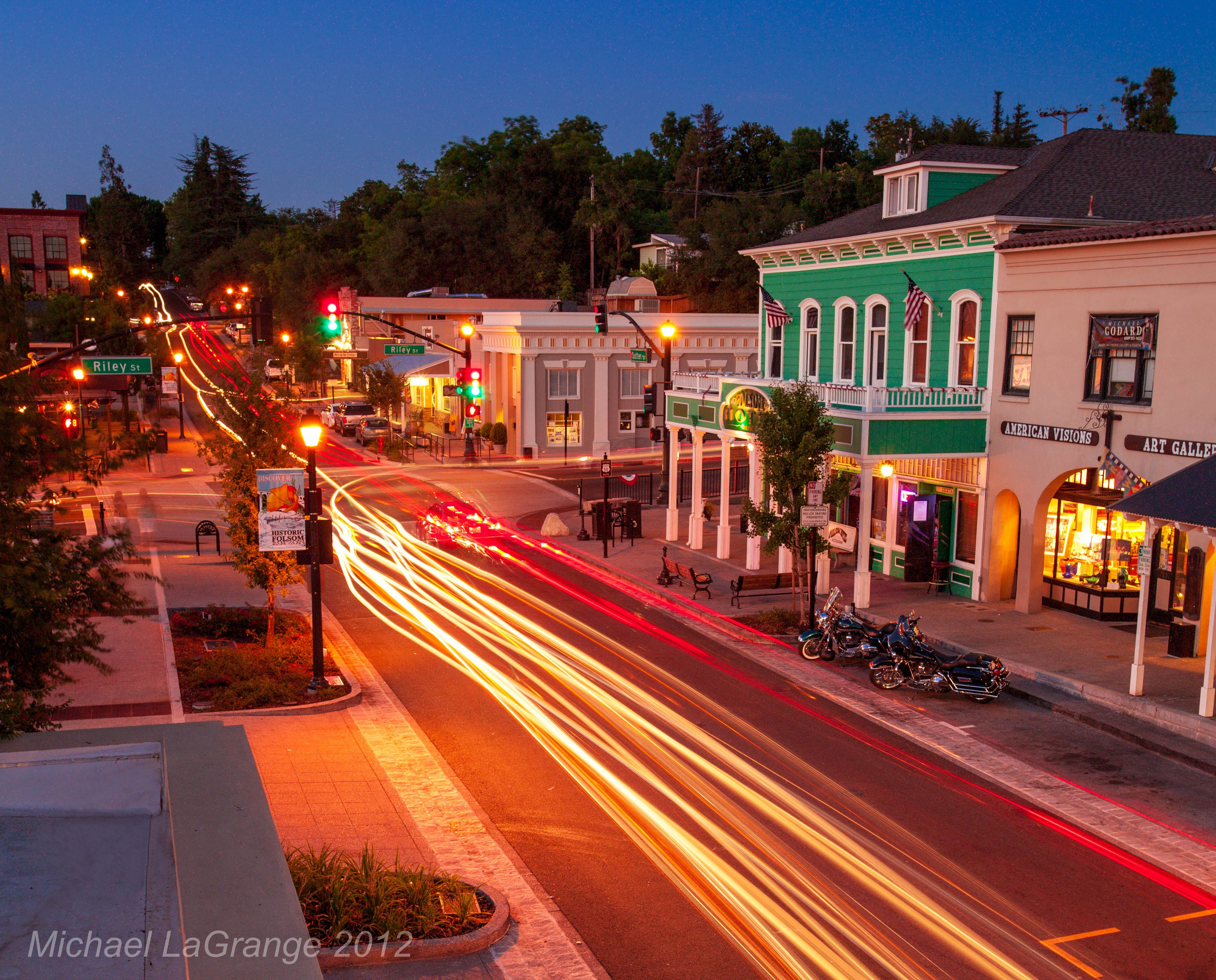 Folsom S Historic Sutter Street Is Often Termed The Place Where West Came And Stayed It Home To Quaint Antique Restaurants Bars