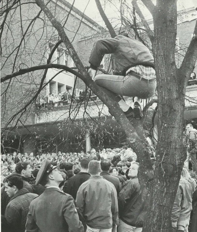 Student Protest On Campus Over The Vietnam War 1965 From The 1965 Oregana University Of Oregon Yearbook Ww Student Protest University Of Oregon Vietnam War