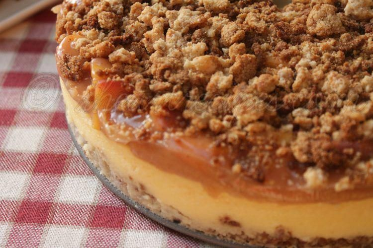 Peach Cobbler #cheesecake | I heart Recipes #peachcobblercheesecake