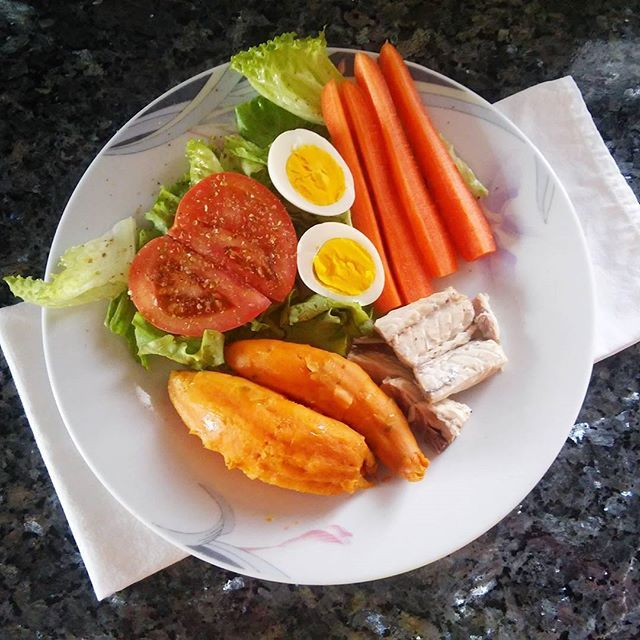 Hey Have A Nice Lunch Sweetpotatoes Carrots Salad Tomato Eggs Fish Yummi Colorful Healthy Instagood Flatlay Feedfeed Buzzfeedfood