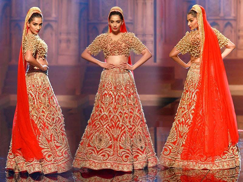 aff5cba5ec9a Lehenga Designs By Manish Malhotra 2017: Weddings rh:pinterest.com,Design