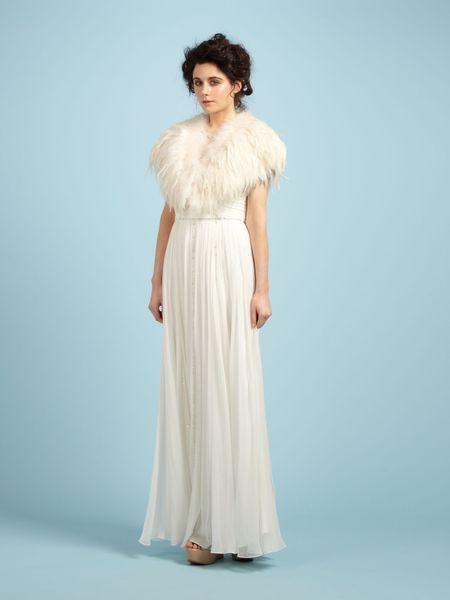 Biba #feather #cape #rockmywinterwedding @Rock My Wedding | Rock My ...