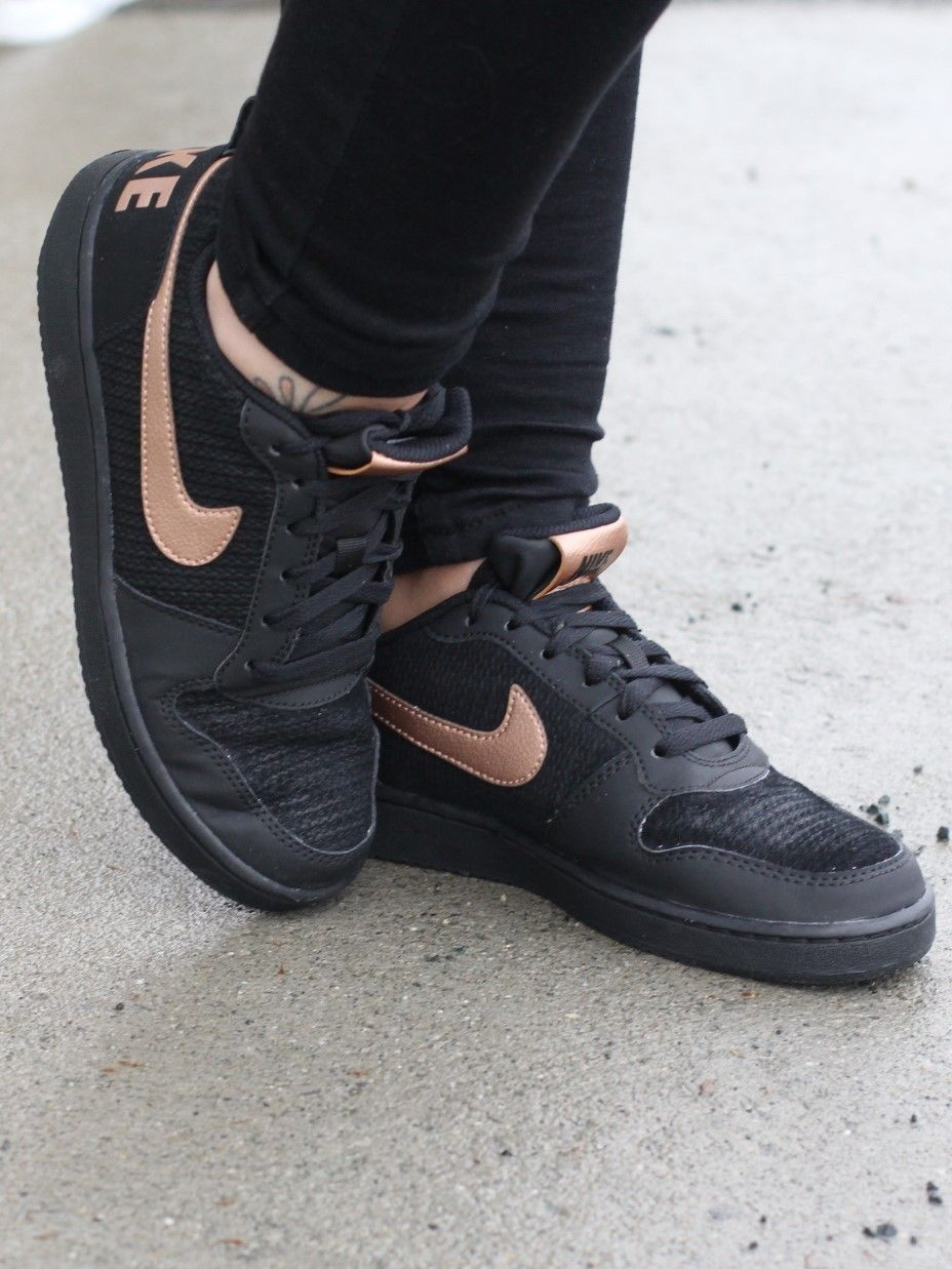 Nike Court Borough Low Prem