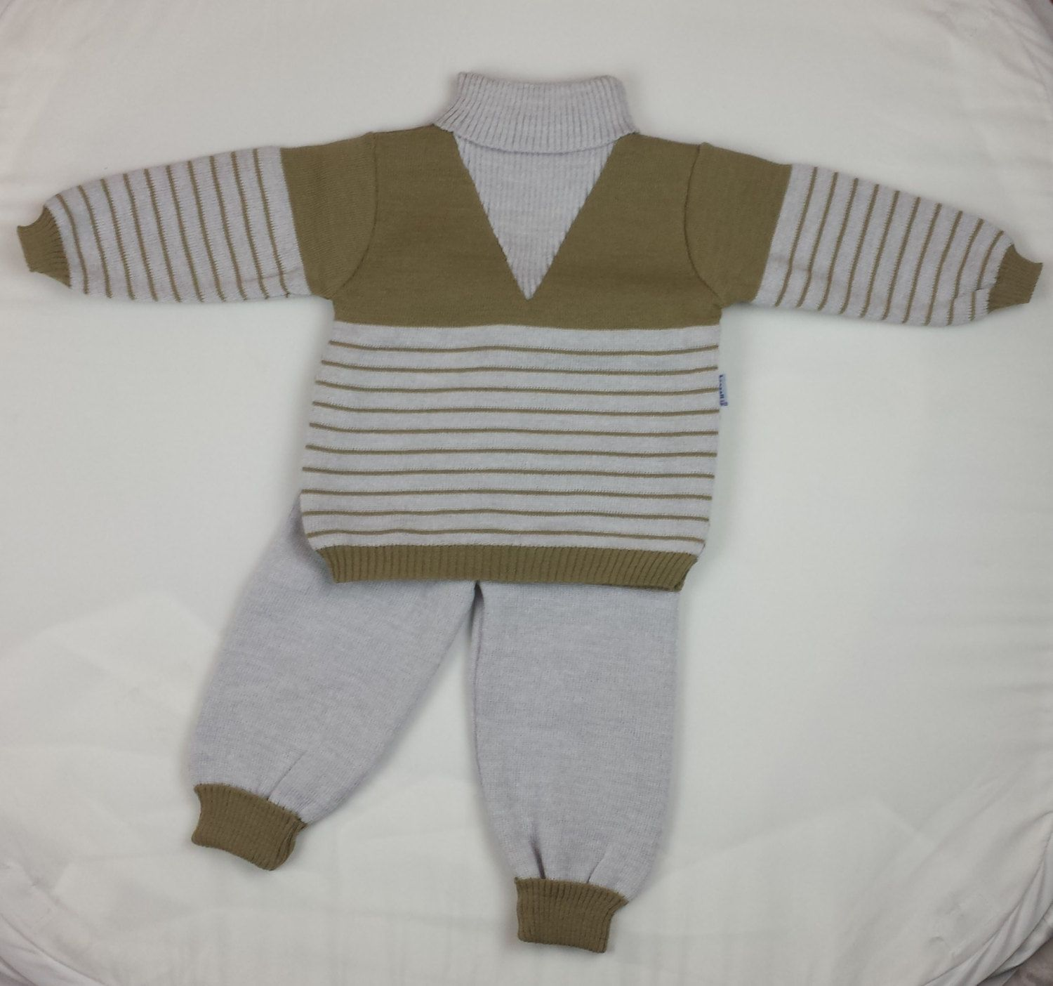 Vintage 70 s knitted suit boys clothing new babypants cool jumper