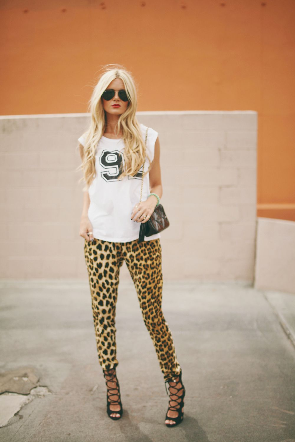 Outfits with Leopard Print Pants