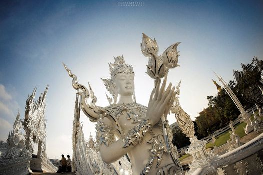A place of great beauty, the White Temple. Photo by KamrenB Photography