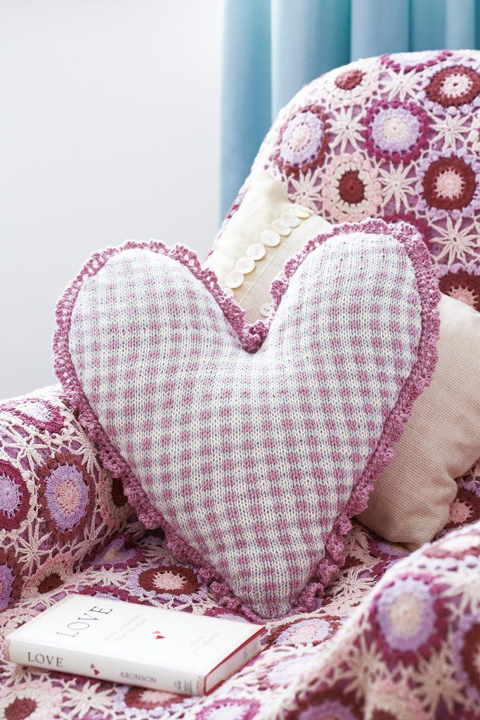 Checked Heart Cushion Cover Knitting Pattern Valentines Day