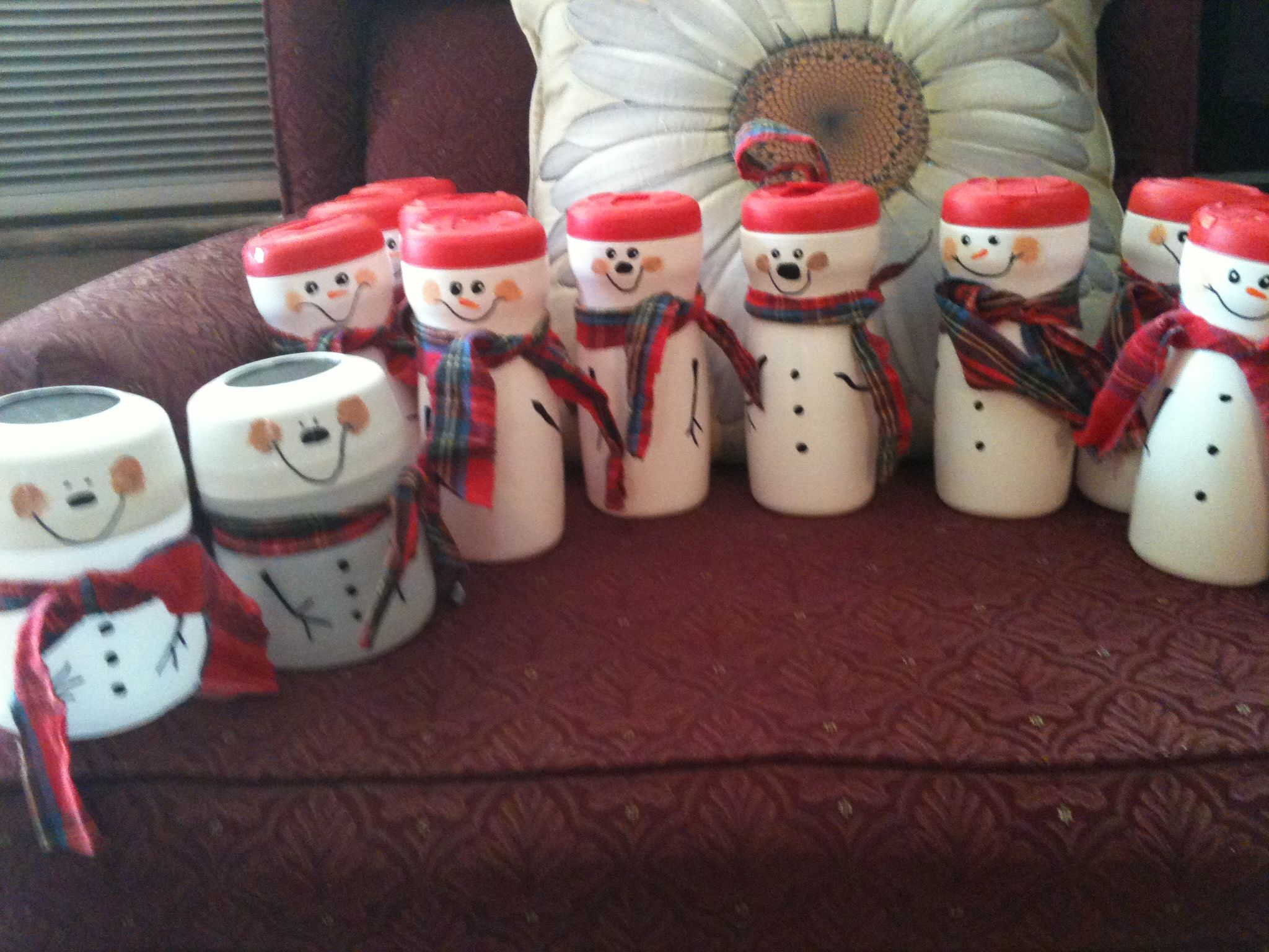 Snow men made from coffee creamer containers . Use to put ...