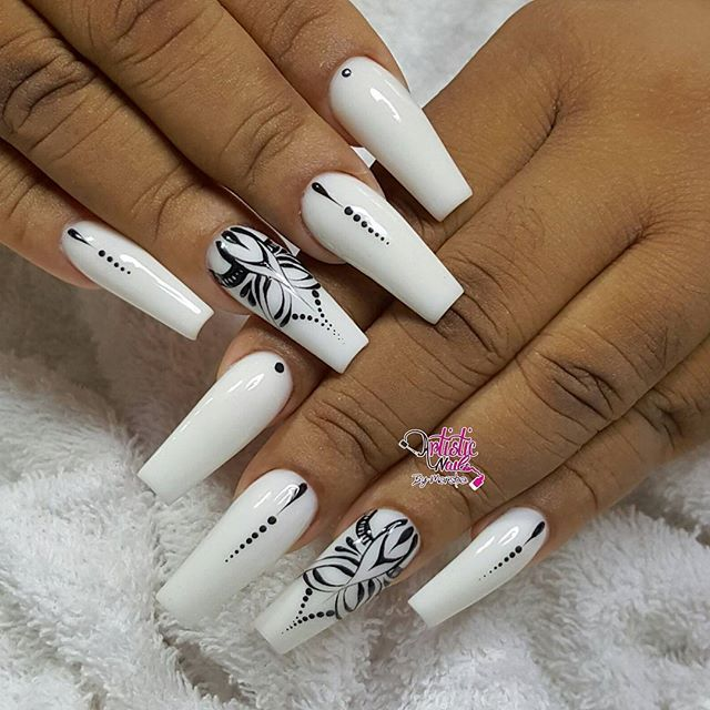 Ahhhh Love The Black And White Coffin Nail Art Ombre Nail Designs Fashion Nails White Nail Designs