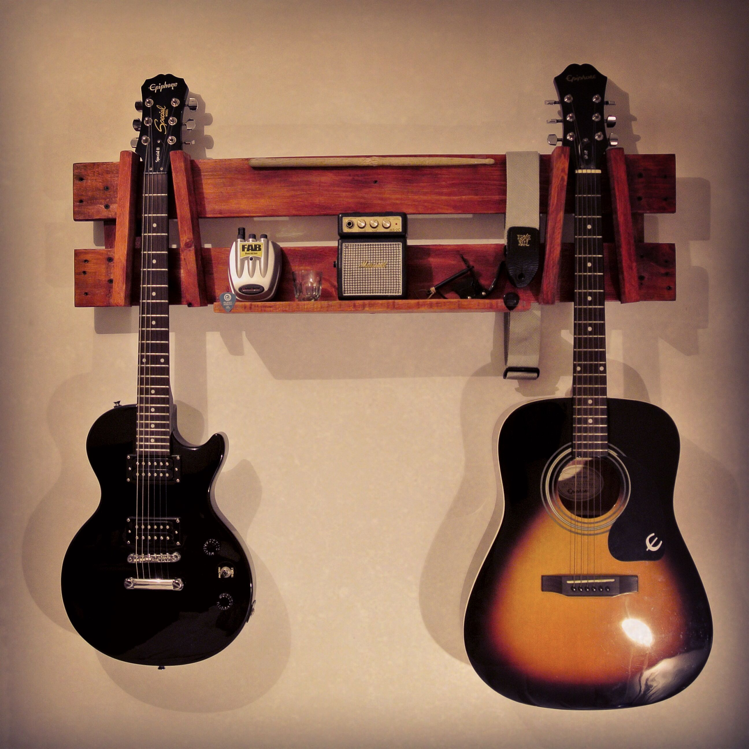 Wood Guitar Wall Stand Made Recycling Pallets Design