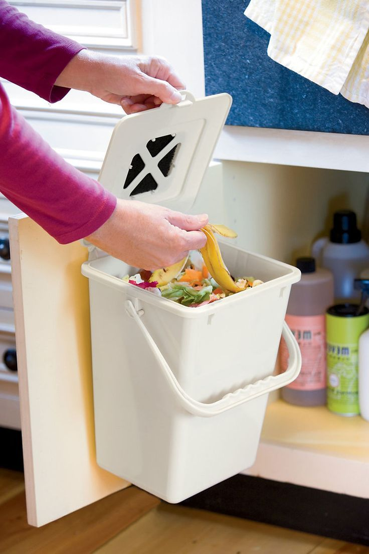This Odor Free Compost Pail Has A Snap Lock Lid And Easy To Replace Carbon  Filters To Eliminate Food Odors. Place On Countertop Or Mount It Under Sink.