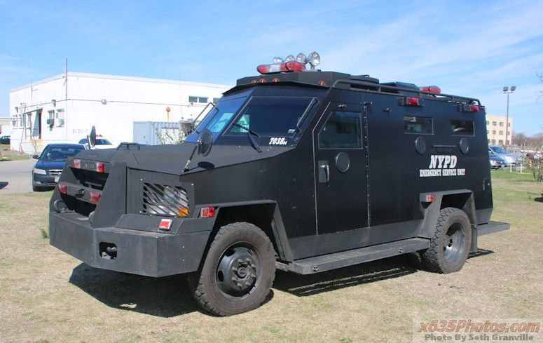 NYPD ESU ERV ~ Lenco Bearcat  | NYPD ESU | Armored truck, Armored