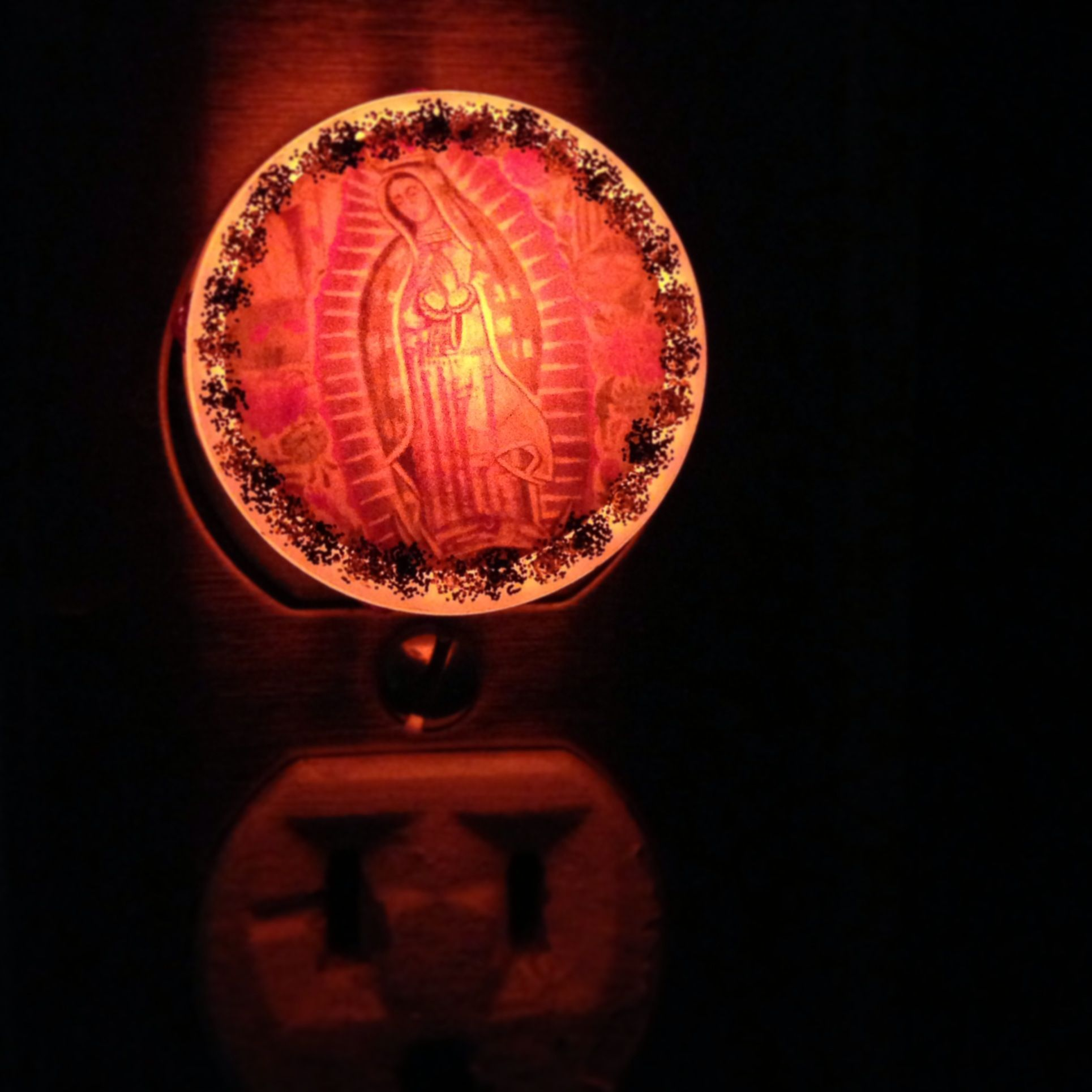 La virgen de guadalupe night light 12 like a prayer 3 la virgen de guadalupe night light 12 fandeluxe Image collections