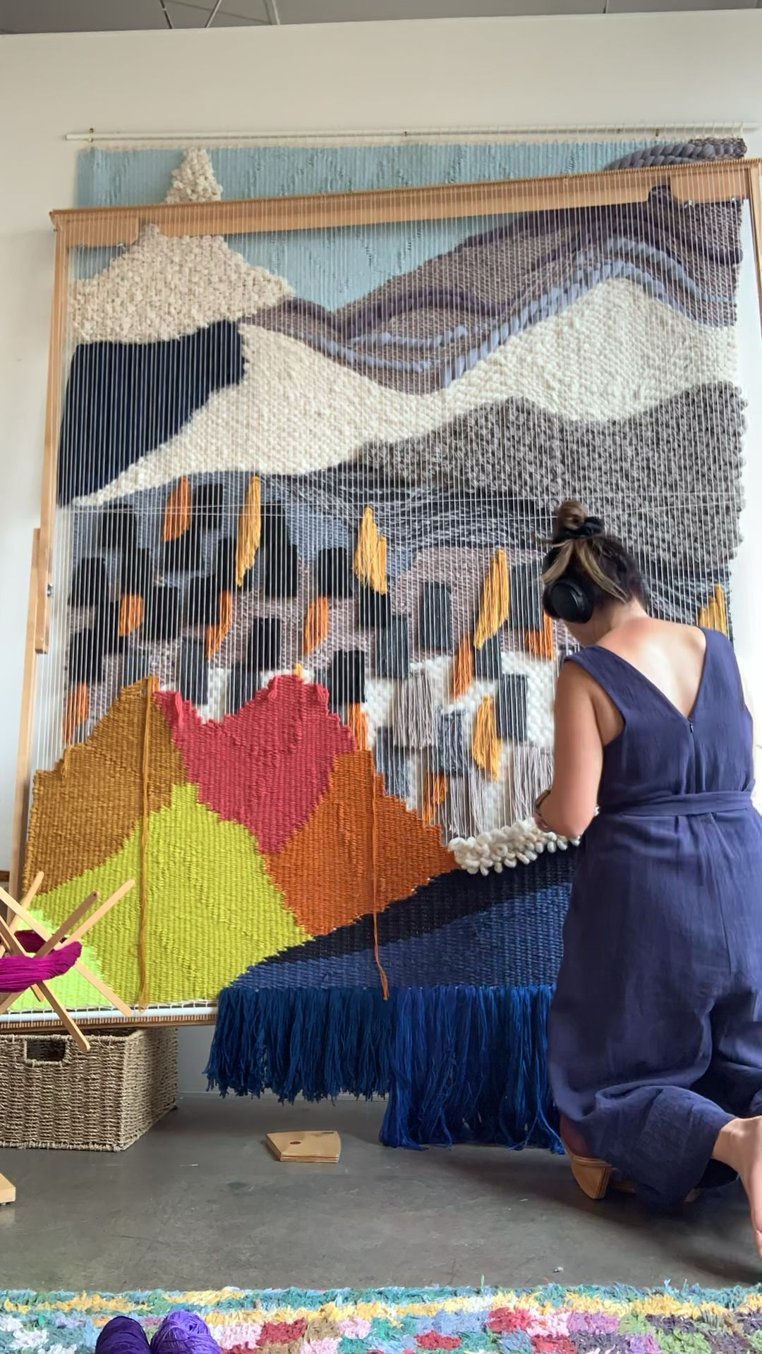 Weaving video Maryanne Moodie