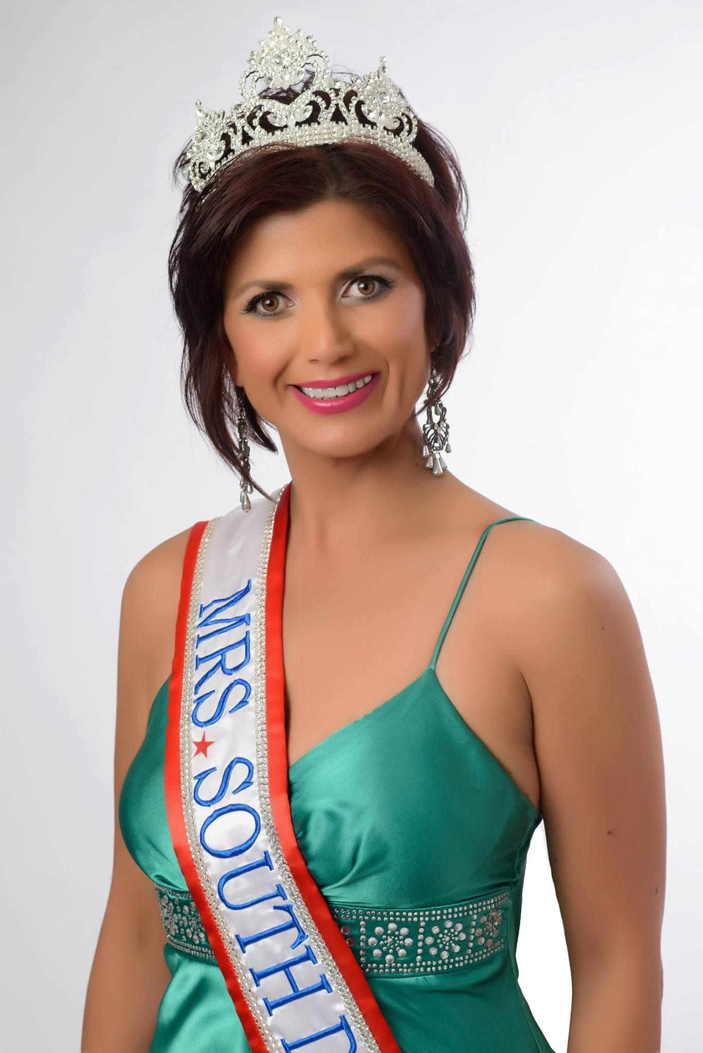 Karine Pogosyan-Myrmoe - Mrs South Dakota 2015