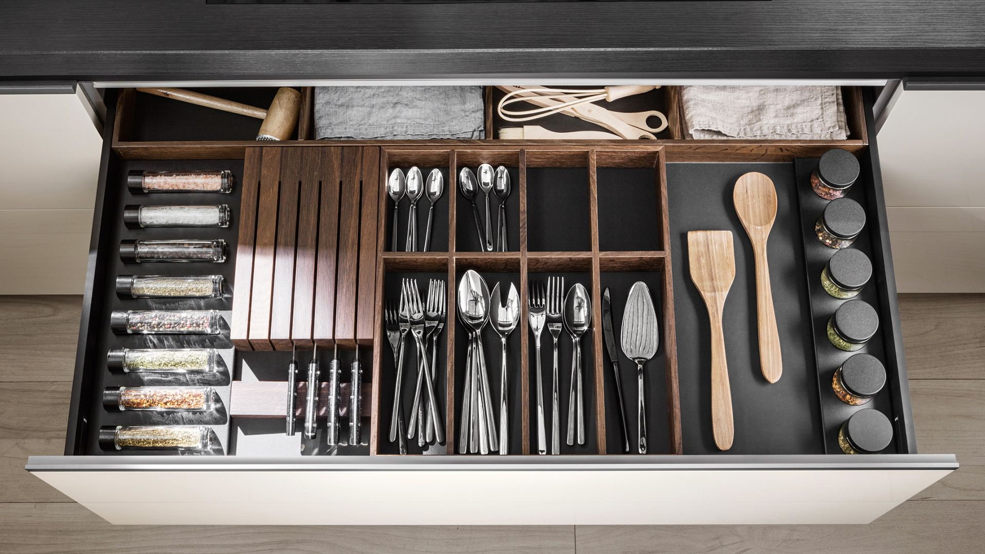 Smoked oak drawers and containers accessories Accessories - Dada
