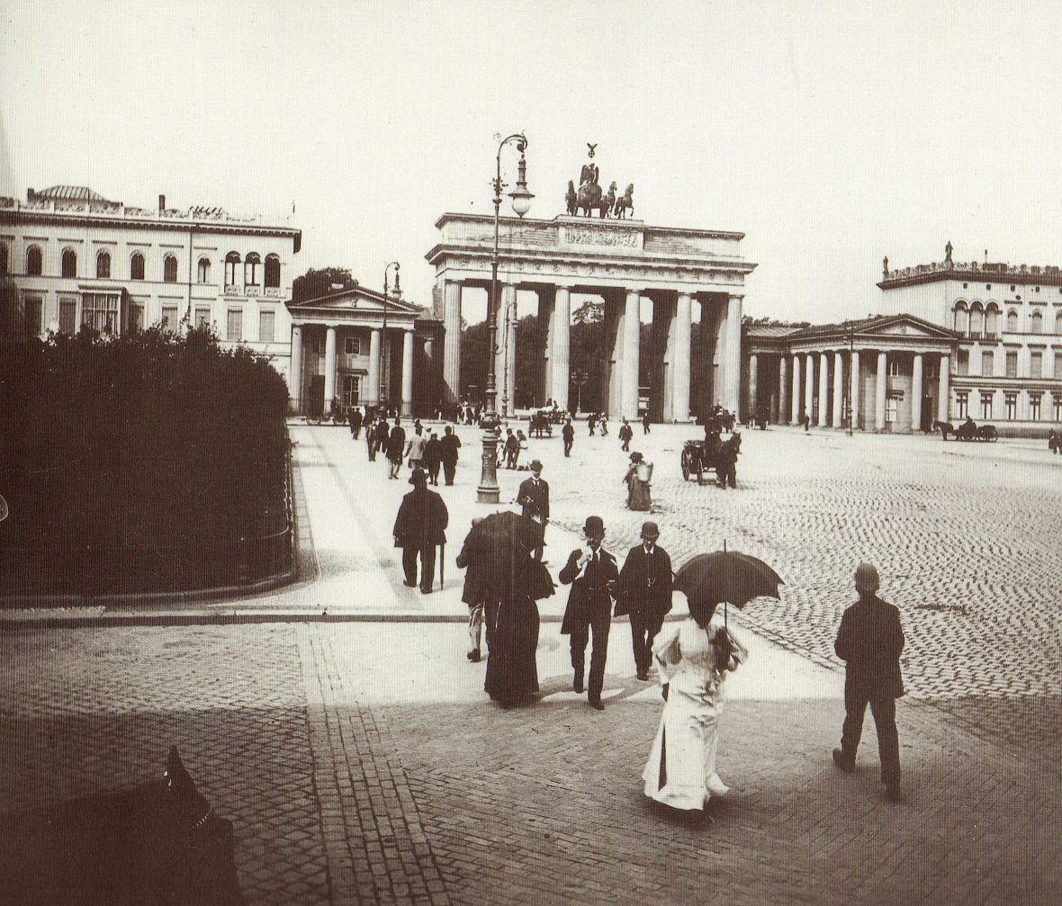 Lucien Levy Berlin Pariser Platz Um 1890 Berlin Germany German History Historical Photos