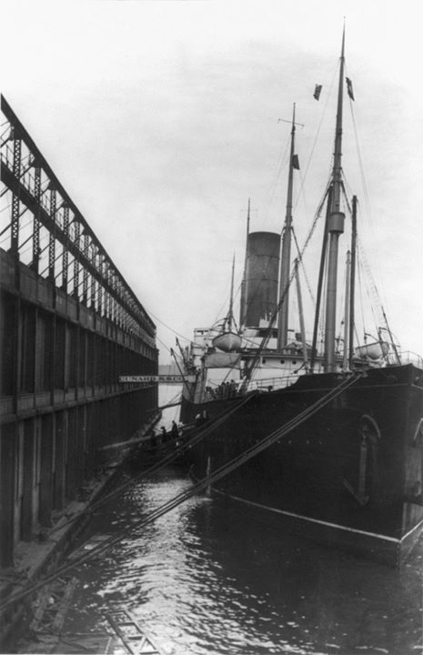 the titanic history of a disaster The titanic - history of a disaster on april 14,1912 a great ship called thetitanic sank on its maiden voyage that night therewere many warnings of icebergs from other shipsthere seems to be a conflict on whether or not the.