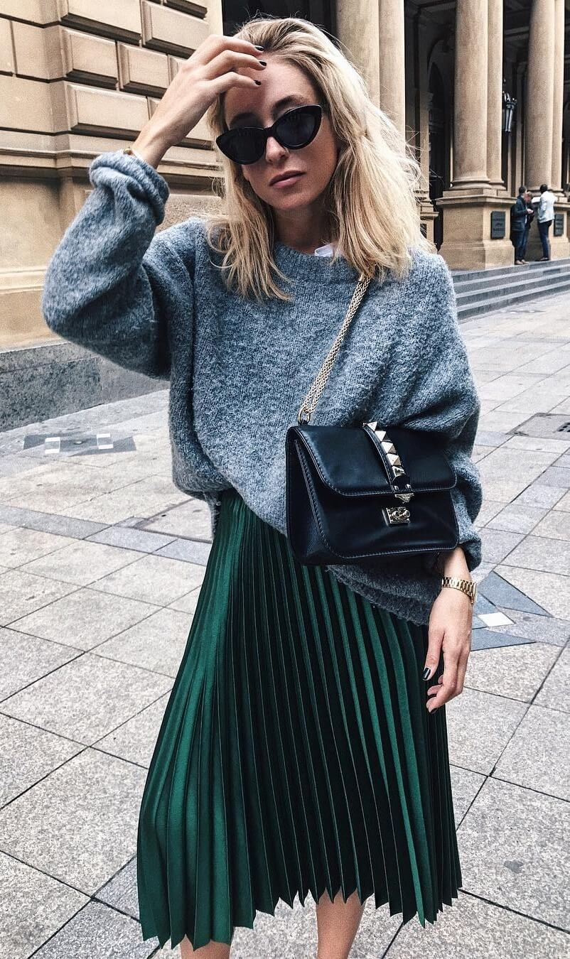 9 Awe,Inspiring Ways To Wear A Pleated Skirt And Look
