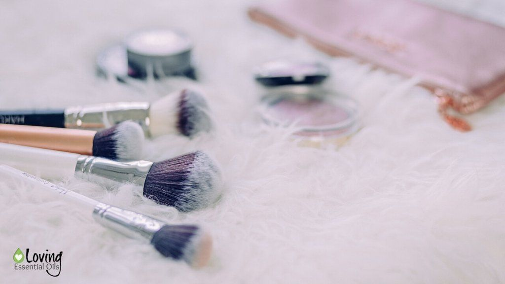 Photo of Make-up brush cleaner with essential oils (simple but effective!) – Make -…